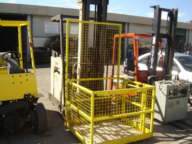 Crown Electric Forklift  F7